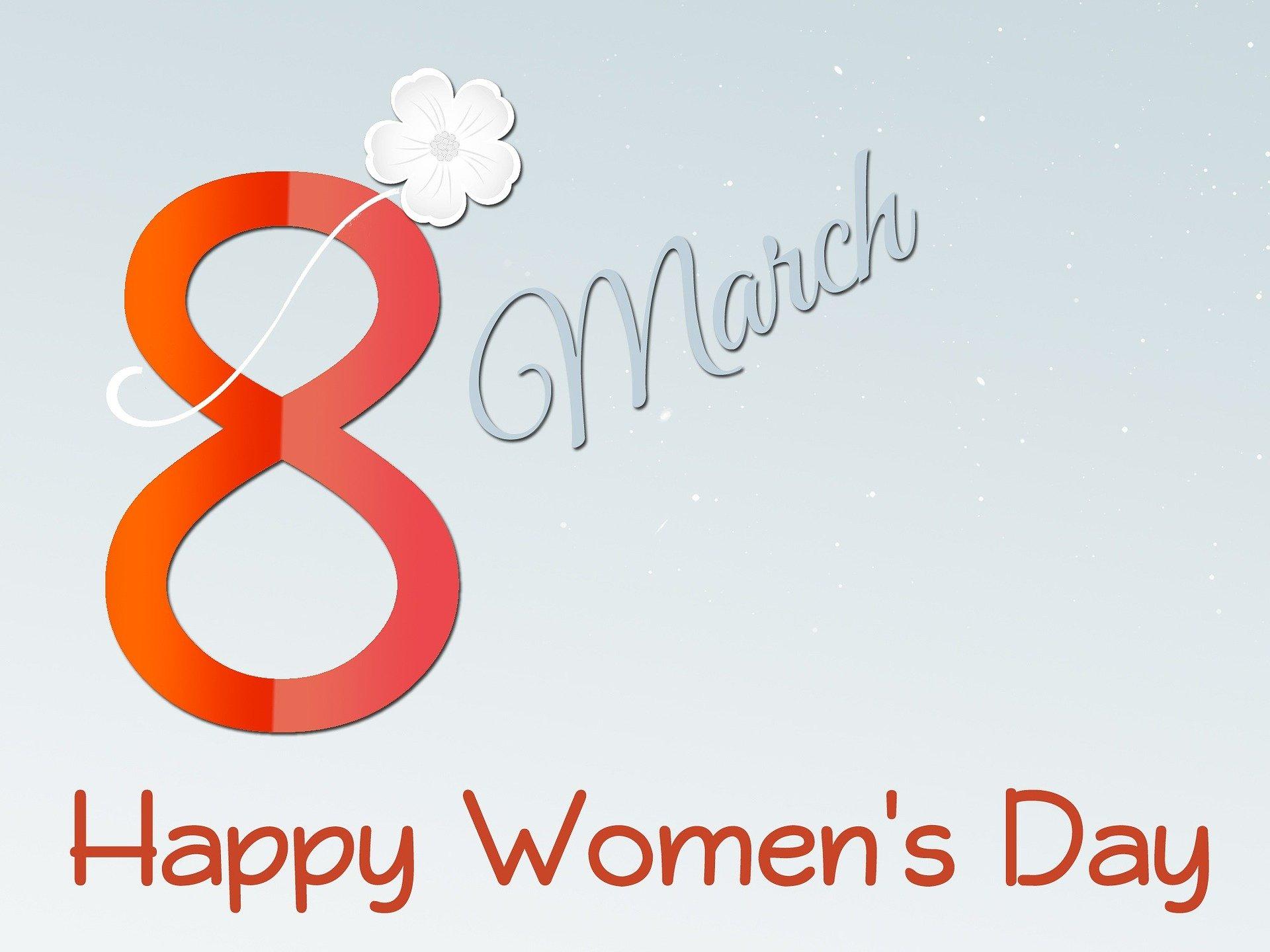 women-654133_1920